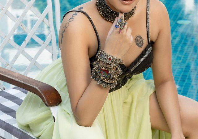 Swara Bhaskar : Swara Bhasker Hot Photoshoot
