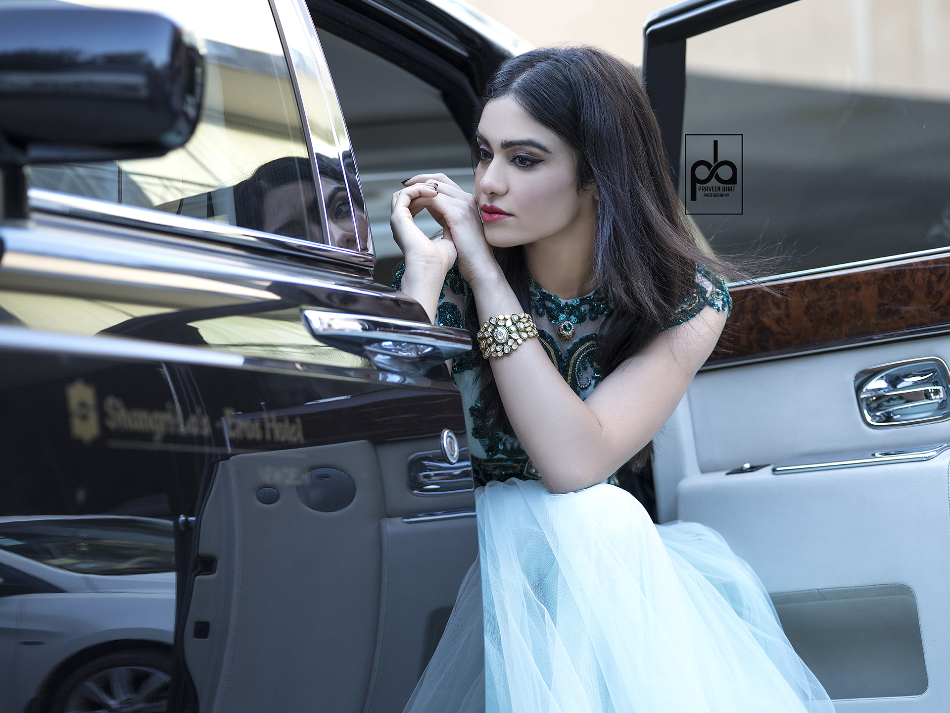 adah sharma with best photographer of India