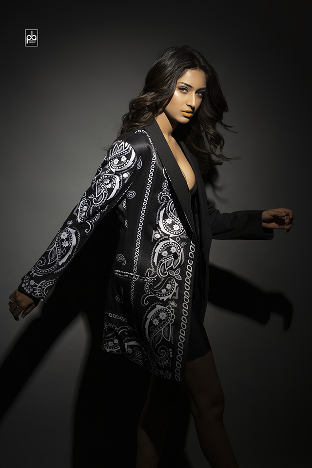 actress photoshoot Erica Fernandes