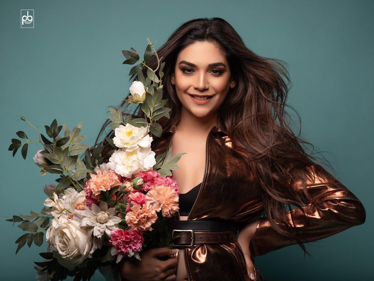 Anjum Fakih Modeling photoshoot