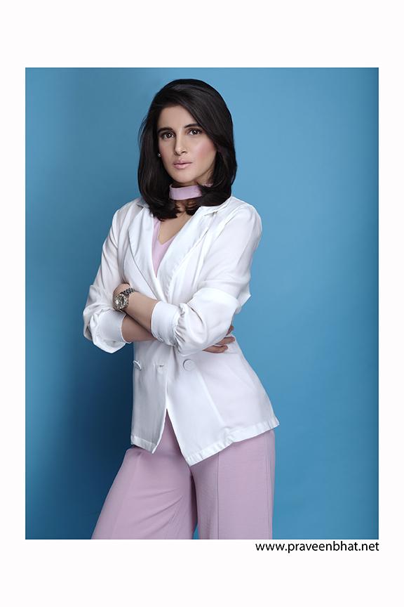 katt Female Teen Model / Actress Resume, Pictures ...